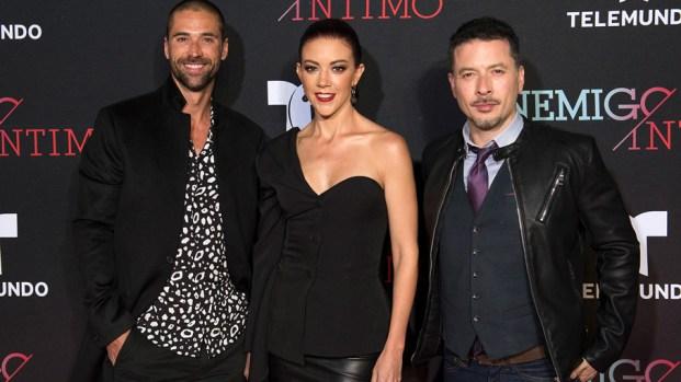 """Estrellas celebran el estreno de """"Enemigo íntimo"""""""