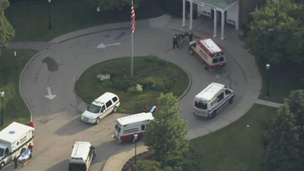 Evacuan hospital de Lake Forest por inundaciones