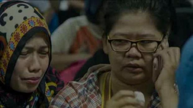 Desaparece avión de AirAsia con 162 pasajeros