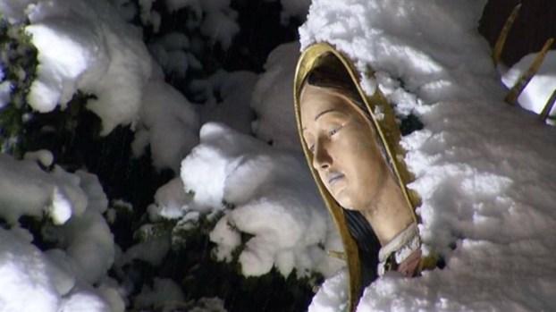Fervor por la Virgen de Guadalupe en el santuario de Illinois