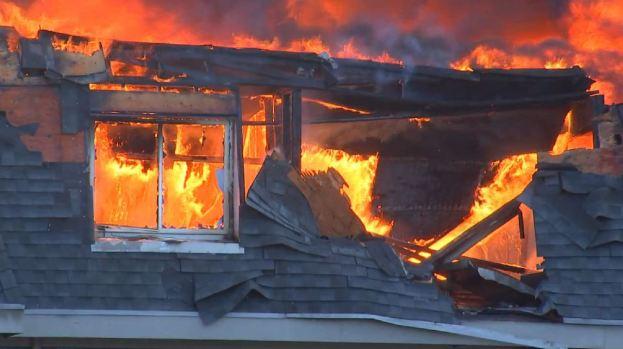 Infernal fuego en Prospect Heights: revelan cómo empezó y costo de daños