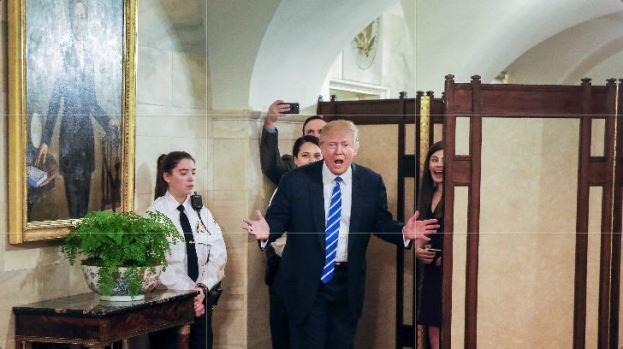 Trump da sorpresa en la Casa Blanca...y mira quién se col