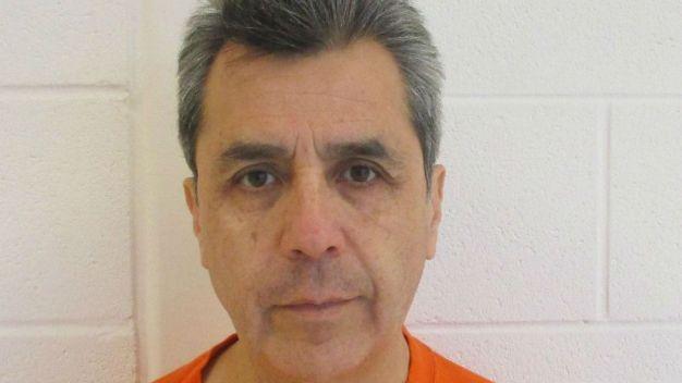 Maestro de Aurora acusado de agresión sexual de 2 niños