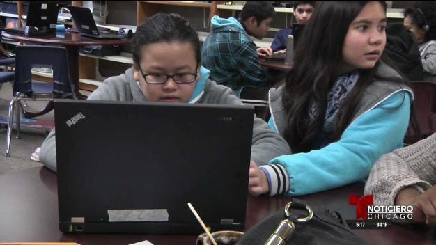Escuela necesita computadoras