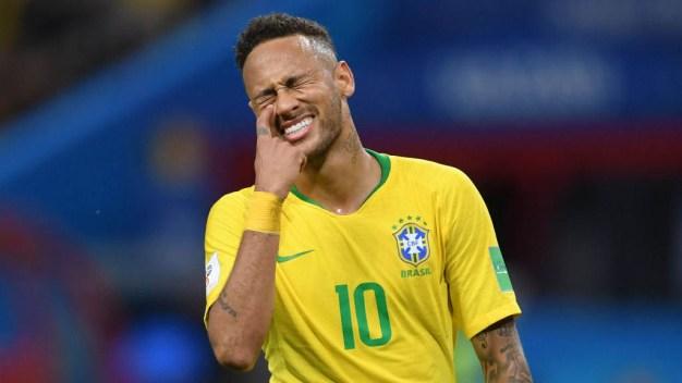 Neymar Jr. se burla de sí mismo y causa furor en redes