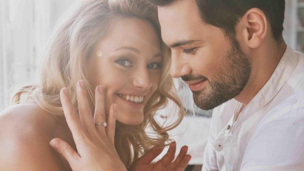"""Para que te den el """"sí"""": los anillos de compromiso más populares"""