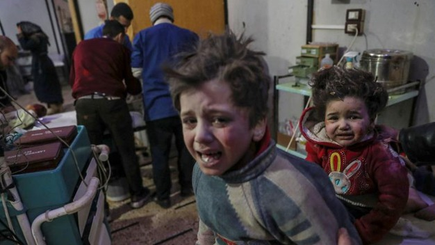 Bombas dejan casi 100 muertos en Damasco; niños incluídos