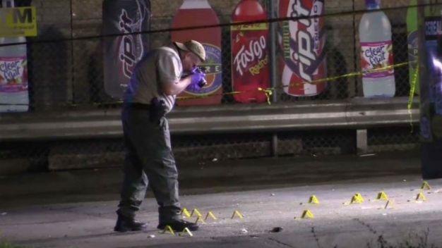 Balacera deja muertos y heridos en Harvey