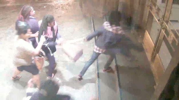 Alerta por asaltos violentos en el centro de Chicago