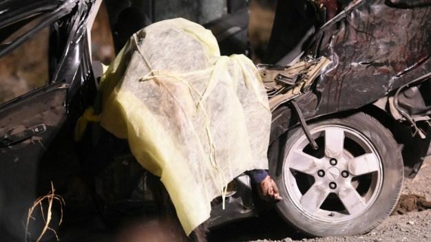 Niño de 12 años conduce auto; mueren cinco