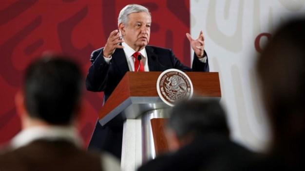 """Crisis en Salud: AMLO acusa al """"hampa del periodismo"""""""