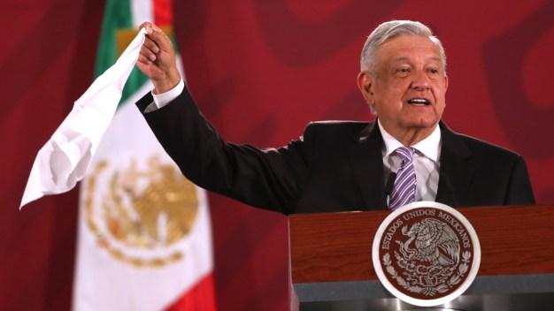 AMLO minimiza supuesto robo del embajador en Argentina