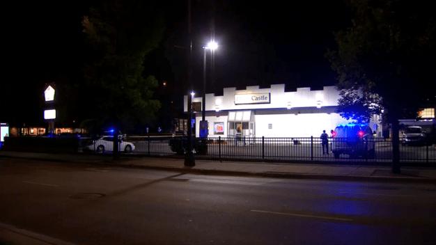Dos policías resultaron heridos en un restaurante White Castle