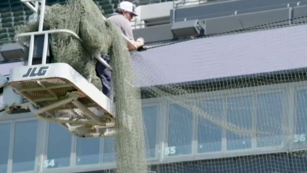 White Sox extienden malla protectora para evitar accidentes