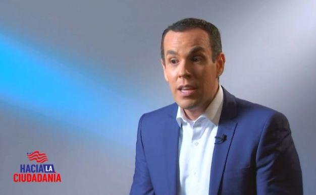 El equipo de Telemundo Chicago comparte cómo fue su proceso de ciudadanía