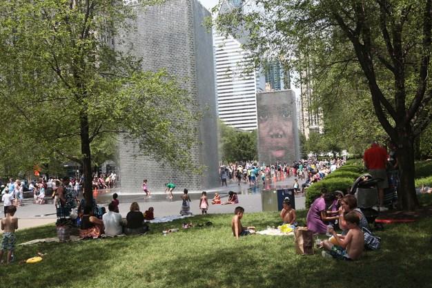 Crown Fountain: las mil caras que refrescan a Chicago