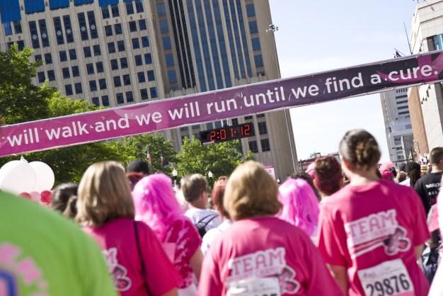 Caminando contra el cáncer este Día de Madres en Chicago