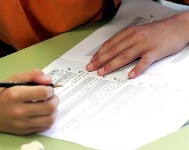 Exámenes de práctica minimizan efectos del estrés en el aprendizaje
