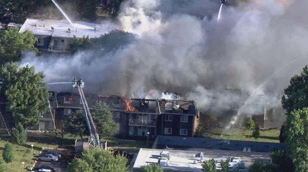 Prospect Heights crea red de ayuda tras masivo fuego