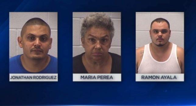 Cae familia por presuntos robos en Aurora