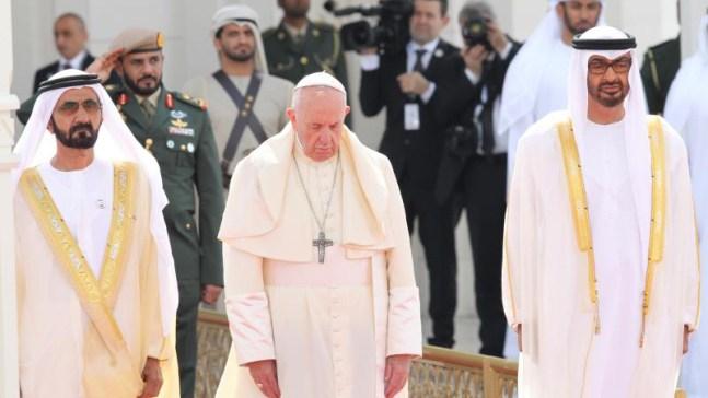 Llama Papa Francisco en EAU a la paz entre hermanos