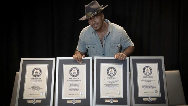 Romeo Santos rompe cuatro récords Guinness