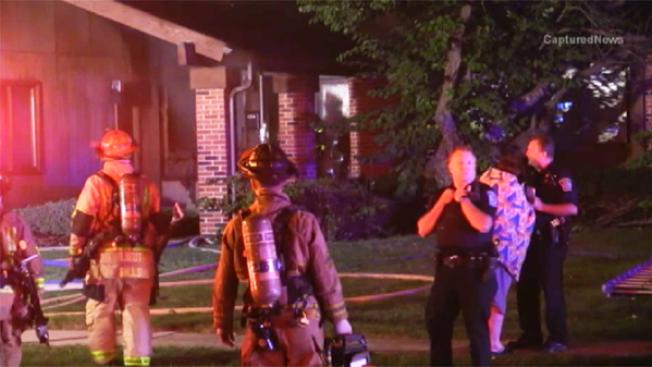 Hombre muere atrapado en llamas en Arlington Heights