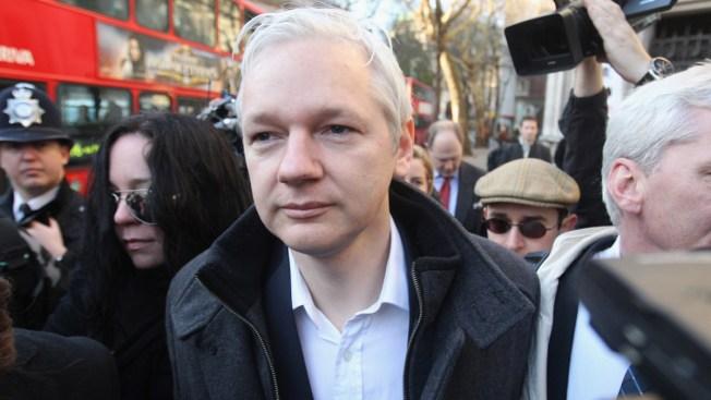 Fiscalía de Suecia cierra caso de Julian Assange