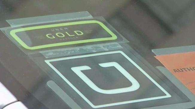 Demanda: conductor de Uber atacó sexualmente a pasajera