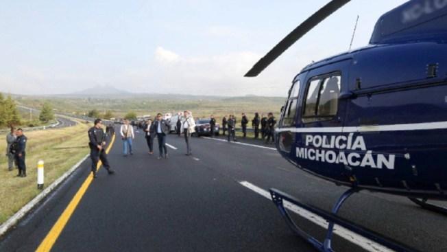 Volcadura de patrulla deja 8 policías muertos