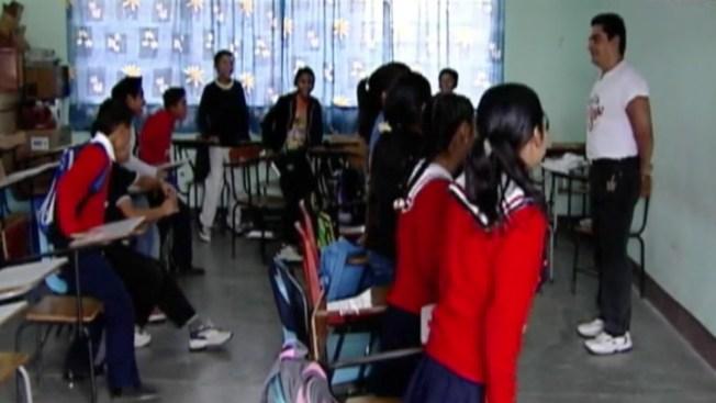 México: Maestros reprueban sus evaluaciones