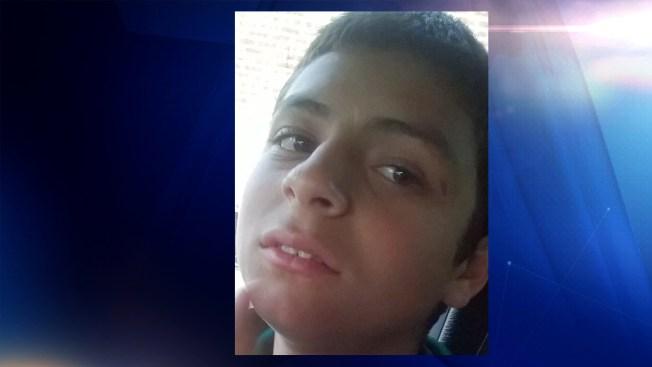 Buscan a joven hispano desaparecido