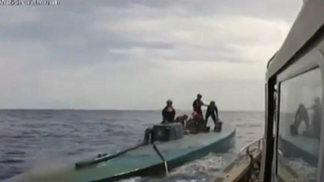 El narco ahora contrabandea con submarinos