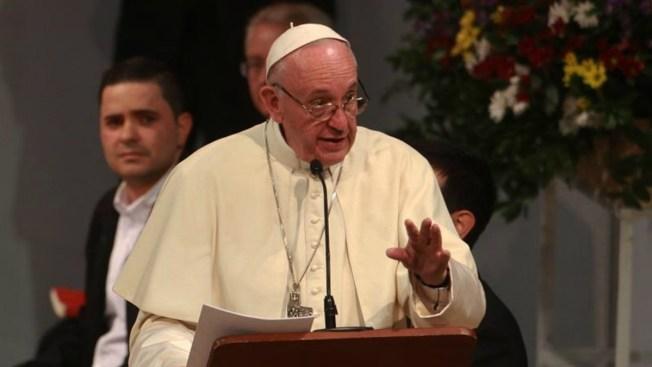 El Papa no participará en foros por la paz de AMLO