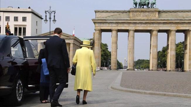 Polémica por saludo nazi de la Reina Isabel