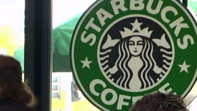 Starbucks amplía su servicio de entregas, incluyendo en Chicago