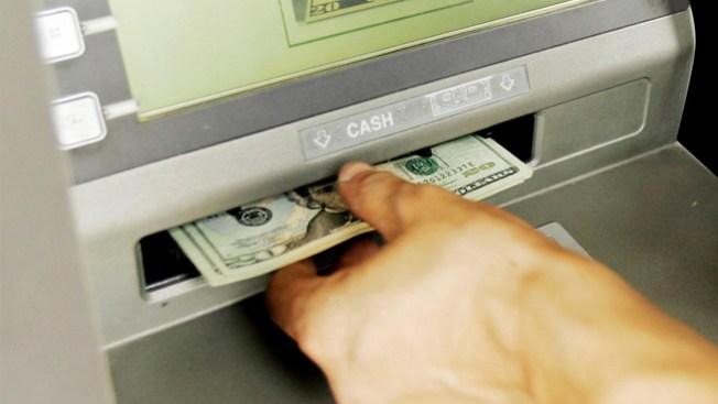 Advierten de asaltos en cajeros electrónicos