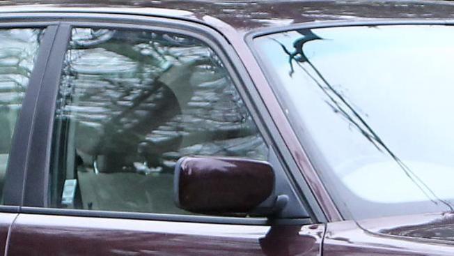 Acusada de dejar a hijo en auto