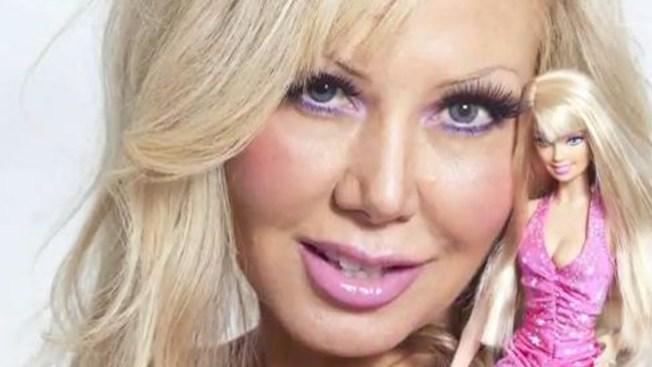 Barbie humana desea ser hueca
