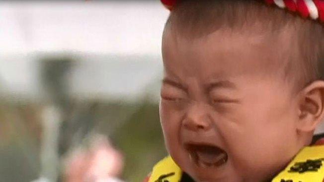 Triunfa concurso de hacer llorar a bebés