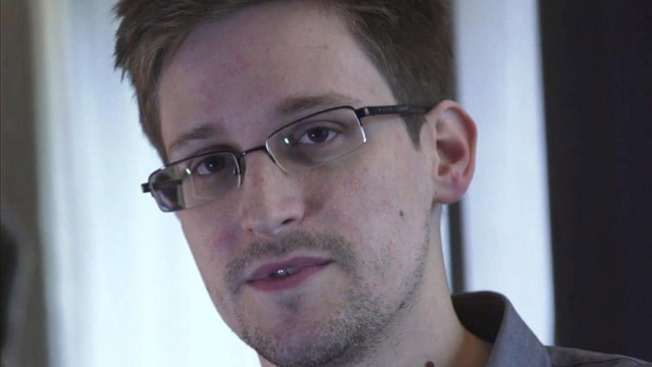 Revelan 1r video de Snowden en Rusia