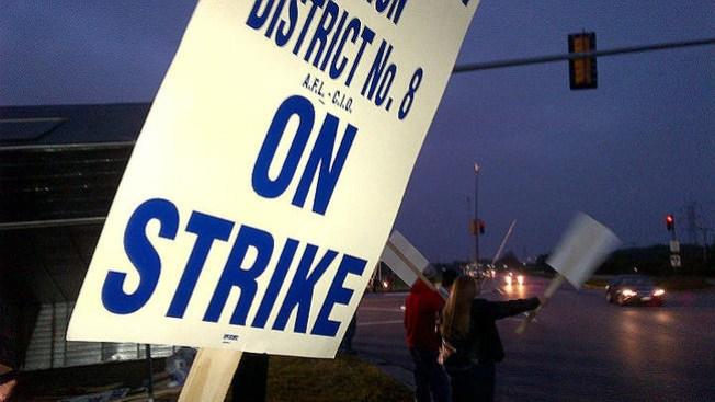 Cientos se van a la huelga