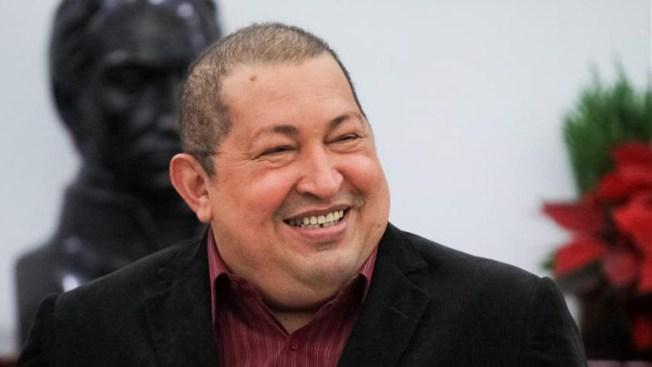 Chávez achaca cáncer de líderes a EE.UU.