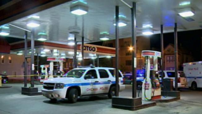 Muere uno de los dos baleados en gasolinera