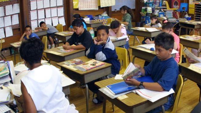 Cerrarán diez escuelas públicas de Chicago
