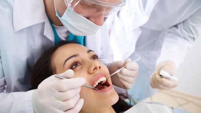 Servicios dentales gratuitos en Chicago