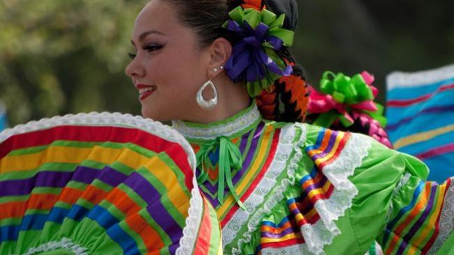 Mira en vivo el Desfile de Fiestas Patrias Mexicanas en La Villita, aquí