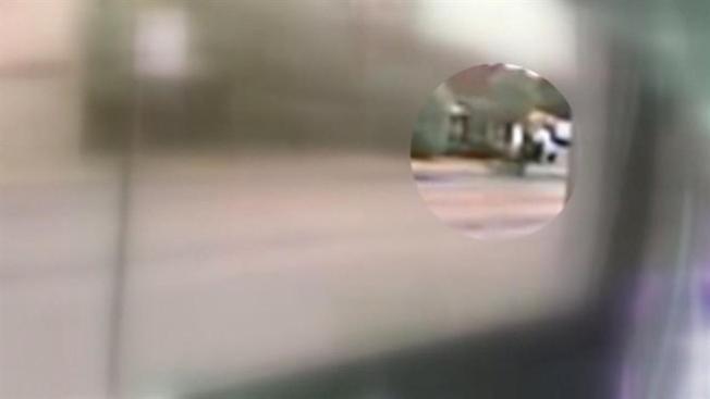 Buscan a sospechoso captado en cámara