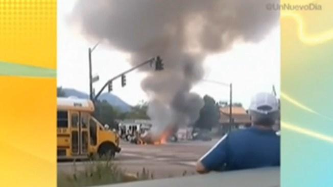 Impresionante explosión de un auto