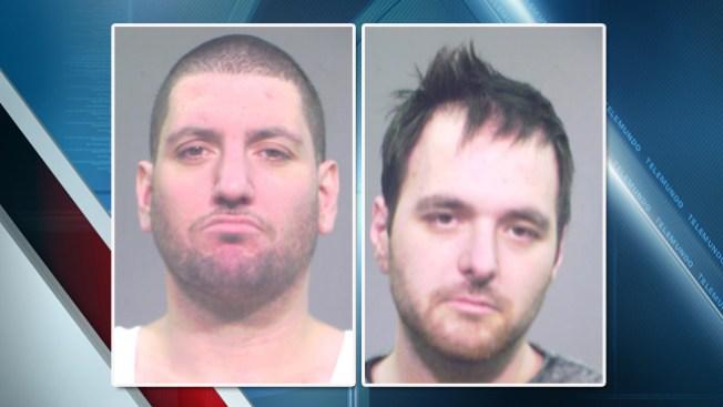 Bomberos sorprenden a ladrones en plena acción